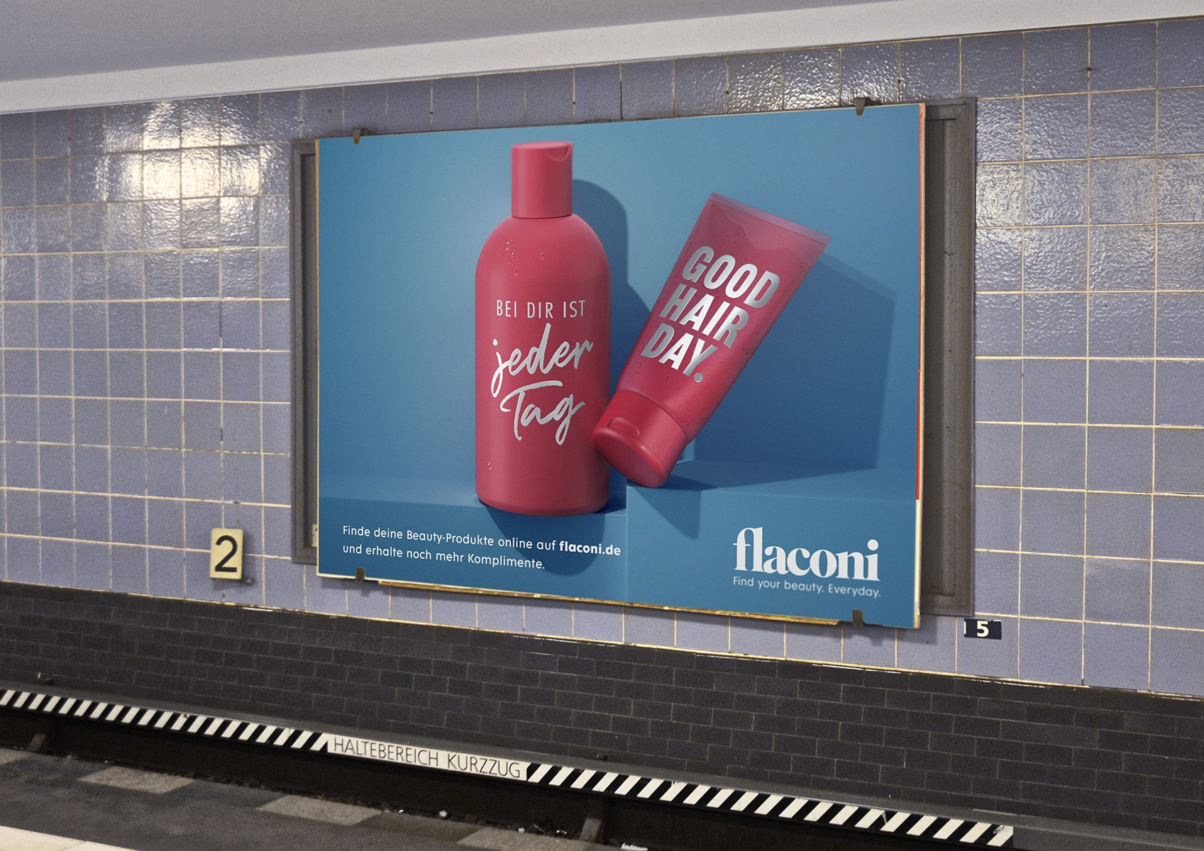Vanite - Flaconi - OOH-campaign posters around town